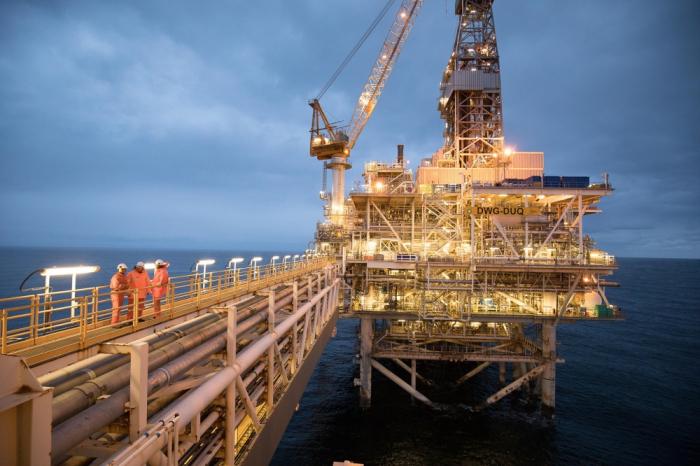 Precio del petróleo azerbaiyano supera los 74 dólares