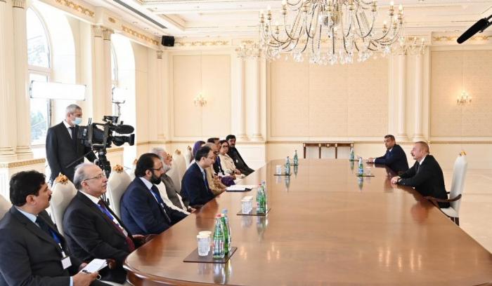 Ilham Aliyev recibe a la delegación encabezada por Asad Qaisar