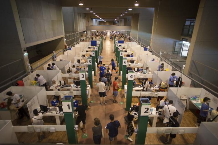 España lidera la vacunación completa frente al coronavirus entre los grandes países