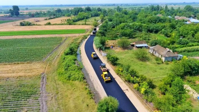 La reconstrucción de la carretera que conecta 5 asentamientos está llegando a su fin en el distrito de Tartar