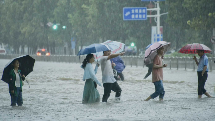 Death toll climbs to 71 in China
