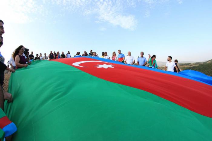 Representatives of Azerbaijani Diaspora visit Jidir Plain in Shusha