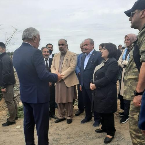 Los presidentes de parlamentos de Azerbaiyán, Turquía yPakistán visitan Fuzuli