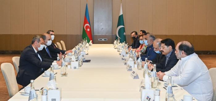 Les perspectives de coopération éducative azerbaïdjano-pakistanaise ont été discutées