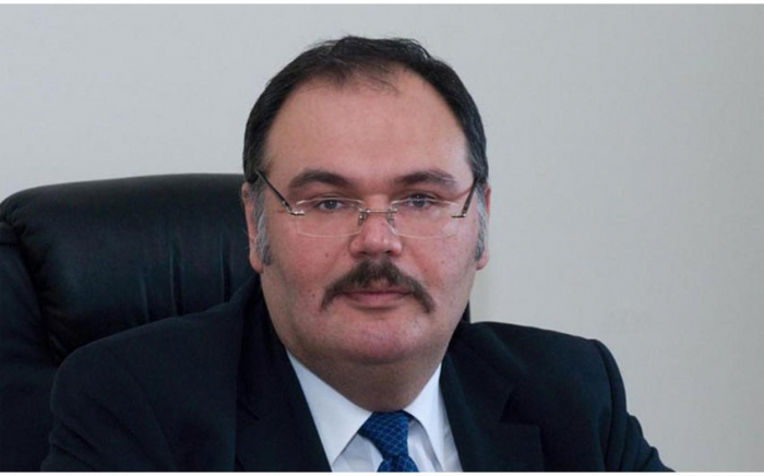 Azerbaiyán designa un nuevo embajador en Malasia y Hungría