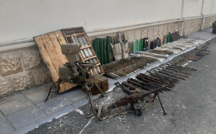 العثور على عدد كبير من الأسلحة والذخائر في فضولي
