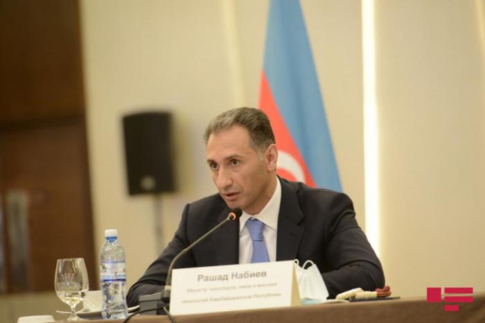 الوزير:   اذربيجان وروسيا تتعاونان بشكل وثيق في تنظيم ممرات النقل الدولية