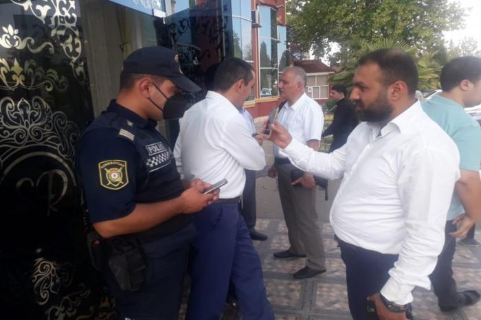 Samuxda COVİD-19 pasportuna görə 20 nəfər toya buraxılmadı