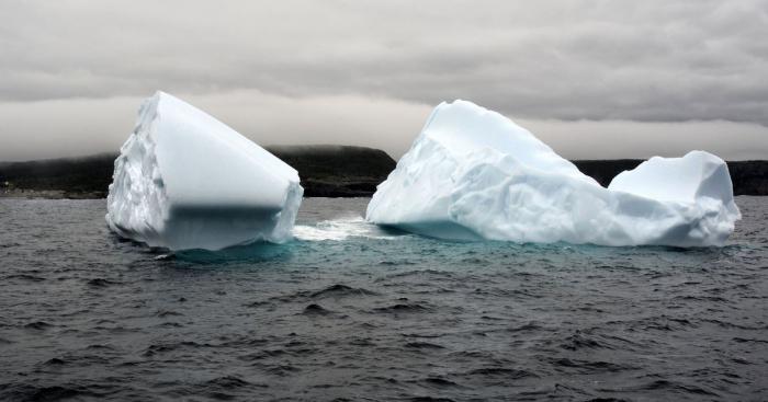 Daha bir ekoloji fəlakət:   Bir günə 8,5 milyard ton buz əridi