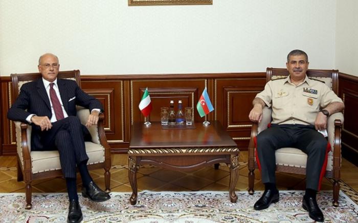 ذاكر حسنوف يلتقى السفير الإيطالي المعين حديثا لدى أذربيجان -   صور