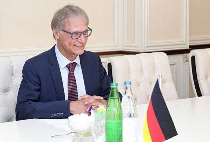 السفير الألماني يهنئ الشعب الاربيجاني - فيديو
