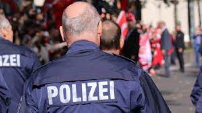 Berlində atışma -    yaralılar var