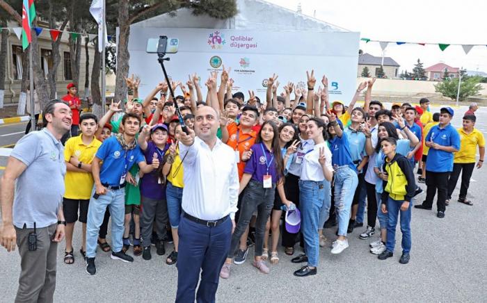 """Təhsil naziri """"Qaliblər düşərgəsi""""nin iştirakçıları ilə görüşüb -    FOTO"""