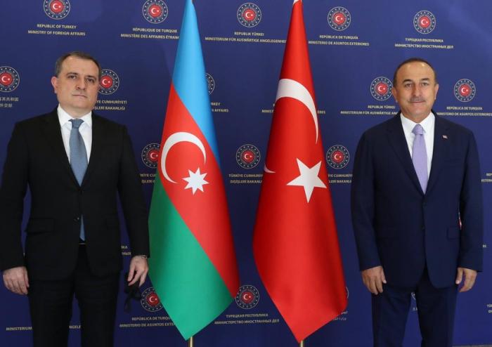 Çavuşoğlu Ceyhun Bayramovu təbrik edib