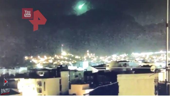Türkiyədə yanğınlar olan əraziyə meteorit düşdü-   VİDEO
