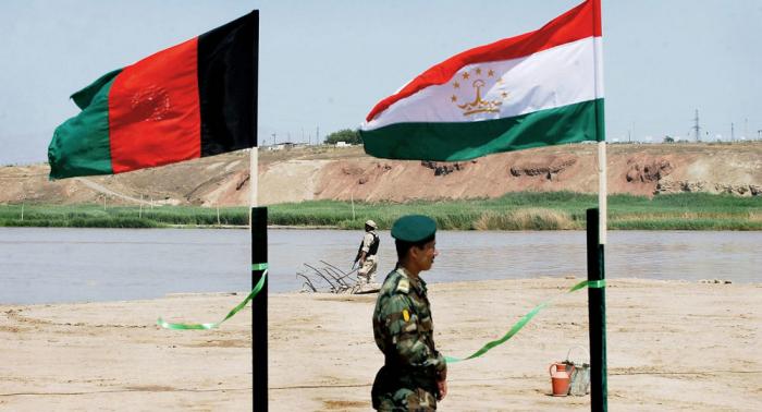 """""""Taliban"""" Tacikistanla sərhədin 80% -nə nəzarət edir"""