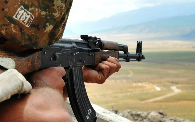 Las fuerzas armenias disparan contra Kalbajar