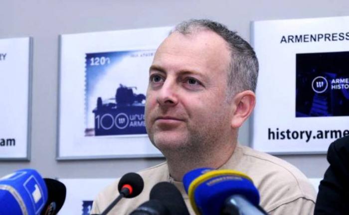 """Qarabağ üçün """"Simpsonlar""""?!  Lapşin erməni jurnalisti ifşa etdi"""