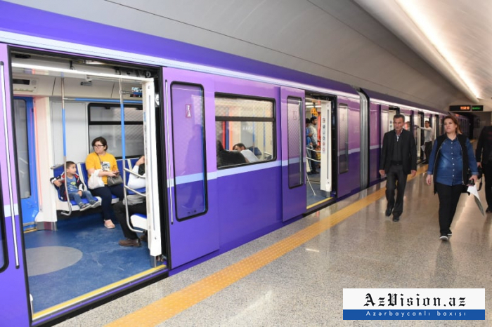 Metroda qatarların hərəkəti bərpa olunub - YENİLƏNİB