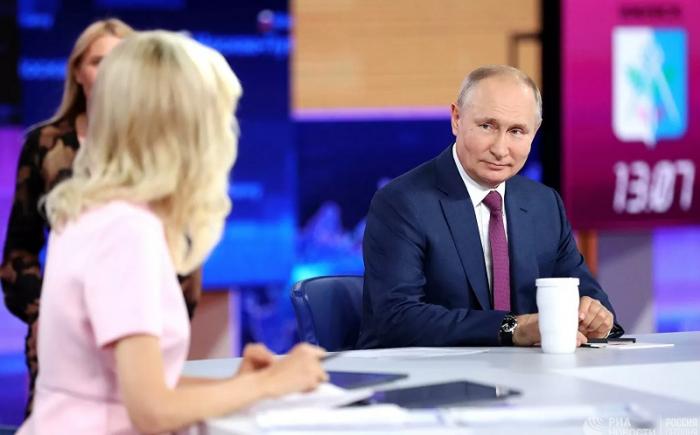 """Putindən maraqlı etiraf:    """"Müdafiə nazirinə dedim ki, yavaşca oradan çəkilək"""""""
