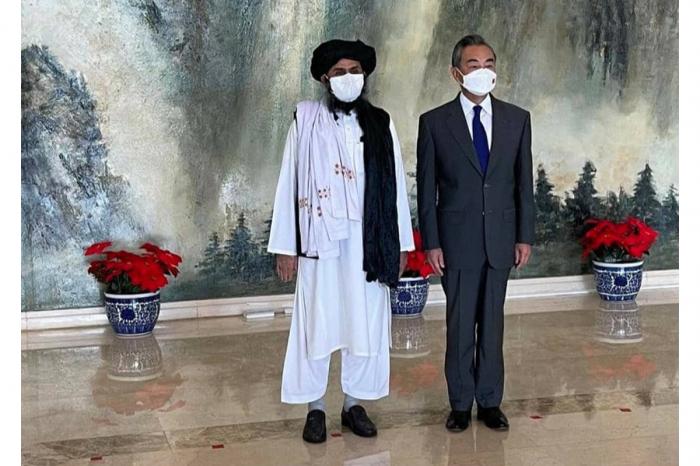 """""""Taliban"""" heyəti Çinin XİN rəhbəri ilə danışıqlar aparıb"""