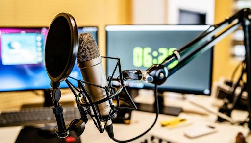İki radionun yayımı müvəqqəti dayandırılır