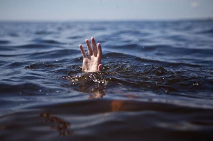 Maştağada bir nəfər su kanalında batıb