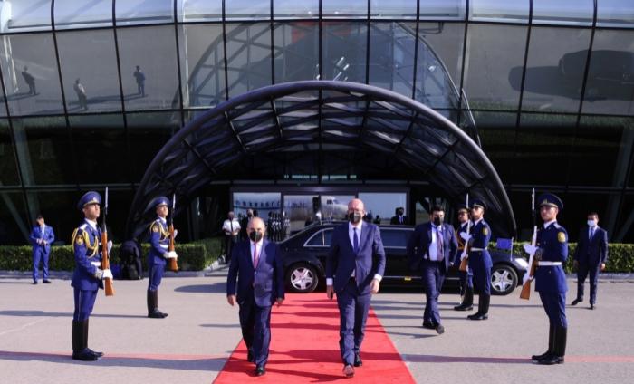 انتهاء زيارة شارل ميشيل لأذربيجان