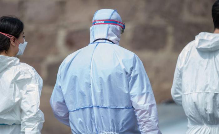 Ermənistanda daha 15 nəfər virusdan ölüb