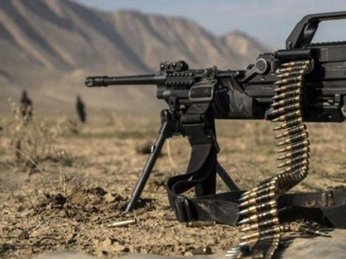 Los armenios disparan contra Najicheván