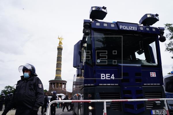 500 detenidos en Berlín en las manifestaciones no autorizadas contra las medidas anticovid