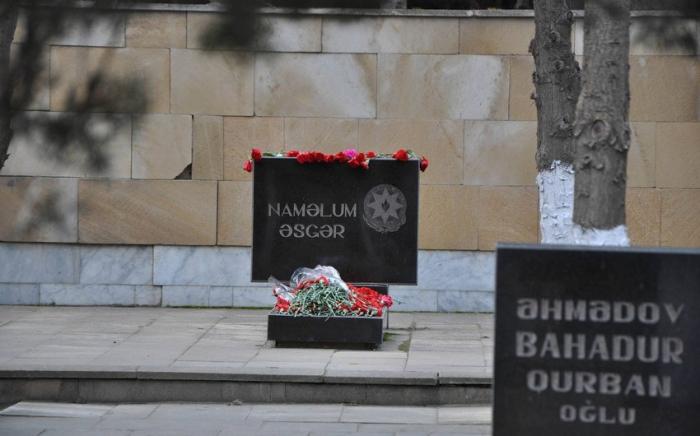 Identifican a los mártires desconocidos de la Primera Guerra de Karabaj enterrados en el Callejón de Mártires de Bakú