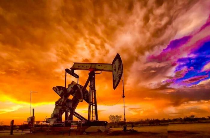 El precio del petróleo disminuye en la bolsa mundial