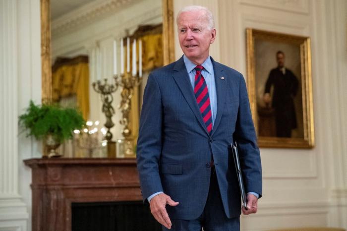 Biden prometió darle prioridad a la reforma migratoria tras reunirse con líderes de la comunidad latina de EEUU