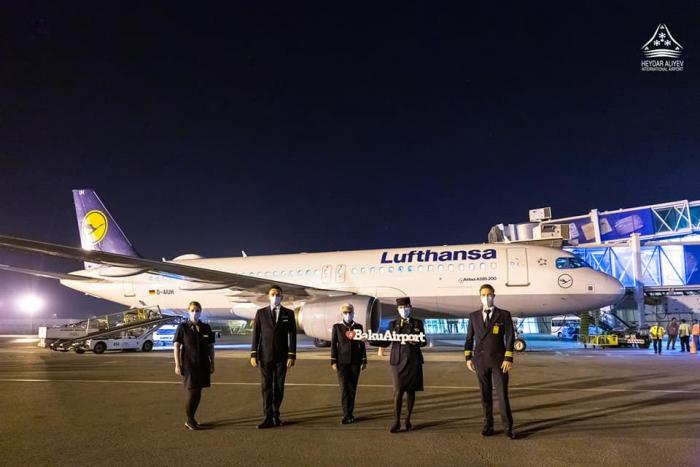 Lufthansa resumes flights to Baku