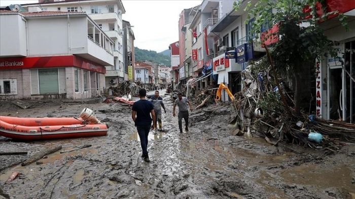 Death toll from floods in Turkey climbs to 27