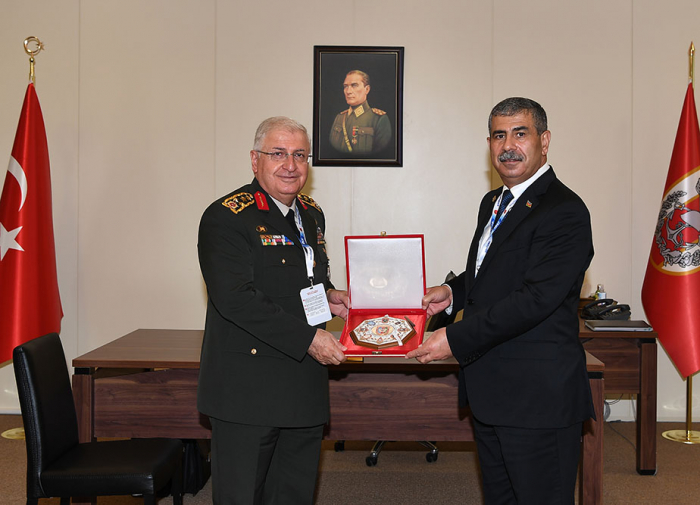 Azerbaijan and Turkey discuss prospects for development of military cooperation