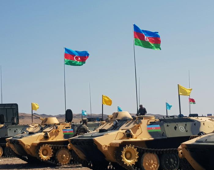 Azerbaijani artillerymen perform night firing at
