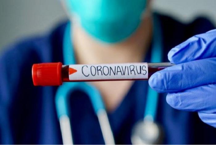 Daha bir hakim koronavirusa yoluxdu