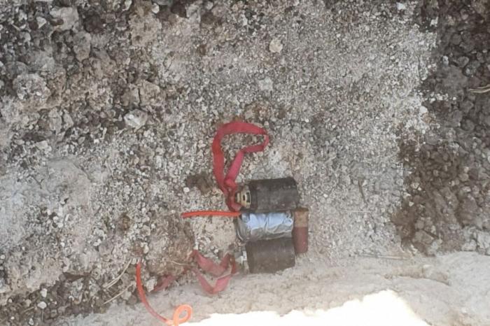 Hadrutda evin həyətində bomba tapılıb -    FOTO