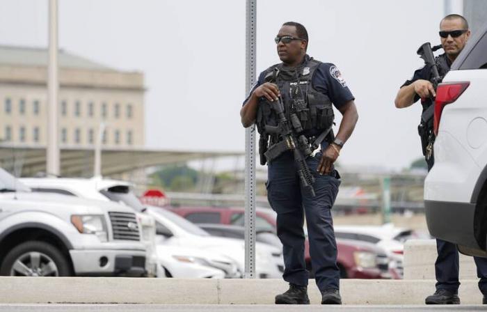Etats-Unis: Un policier tué dans une fusillade à proximité du Pentagone