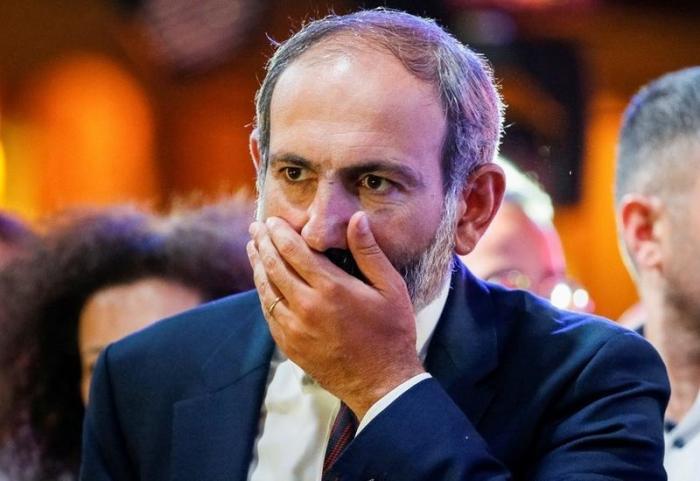 Paşinyan İrana gedir