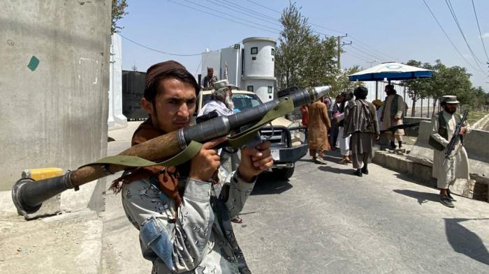 """Taliban:    """"Minlərlə xarici hərbçinin təhlükəsizliyini biz təmin edirik"""""""