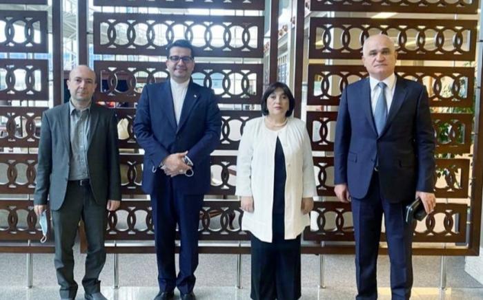 Azerbaijani delegation visits Iran