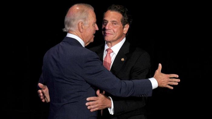 ABŞ-da yeni seks qalmaqalı:  Prezident qubernatoru istefaya çağırır
