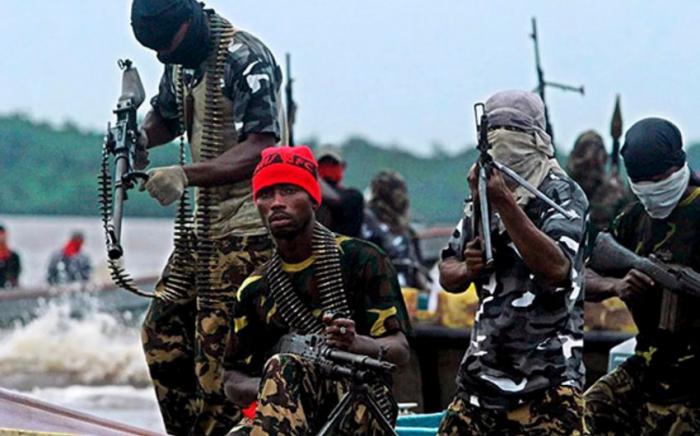 Burkina-Fasoda silahlılar 30 nəfəri qətlə yetirib