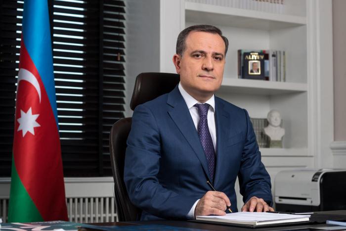 Ceyhun Bayramov Türkiyəni Zəfər Bayramı münasibətilə təbrik edib