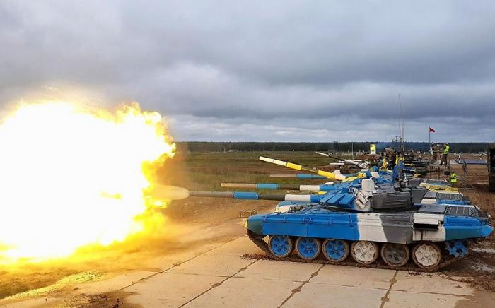 """Tankçılarımız """"Tank biatlonu"""" müsabiqəsinə hazırlaşırlar -    FOTOLAR"""