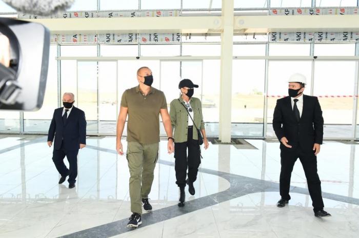 Prezident və birinci xanım Füzuli Beynəlxalq Hava Limanında -  YENİLƏNİB