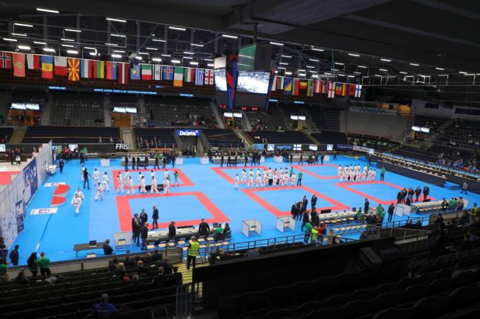 Yeniyetmə karateçimiz Avropa çempionatında finala yüksəlib